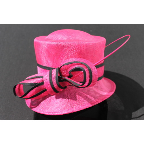 Ladies Sinamay Hat. Hot Pink & Black. Perfect For Races, Judging, Church Etc